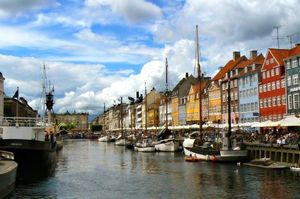 Авиабилеты в Копенаген по выгодным ценам.